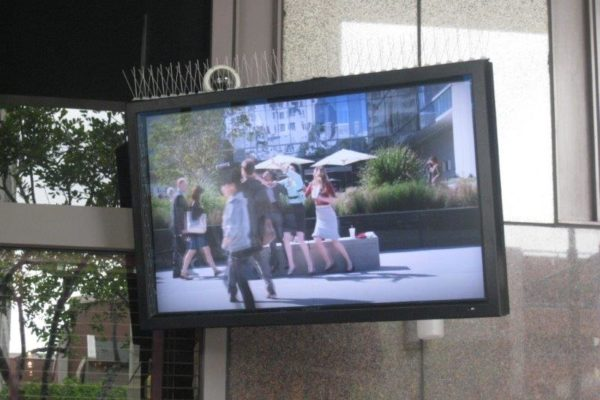 outdoorTVs-04