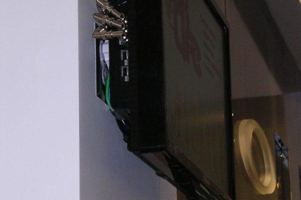 retail_tv-01